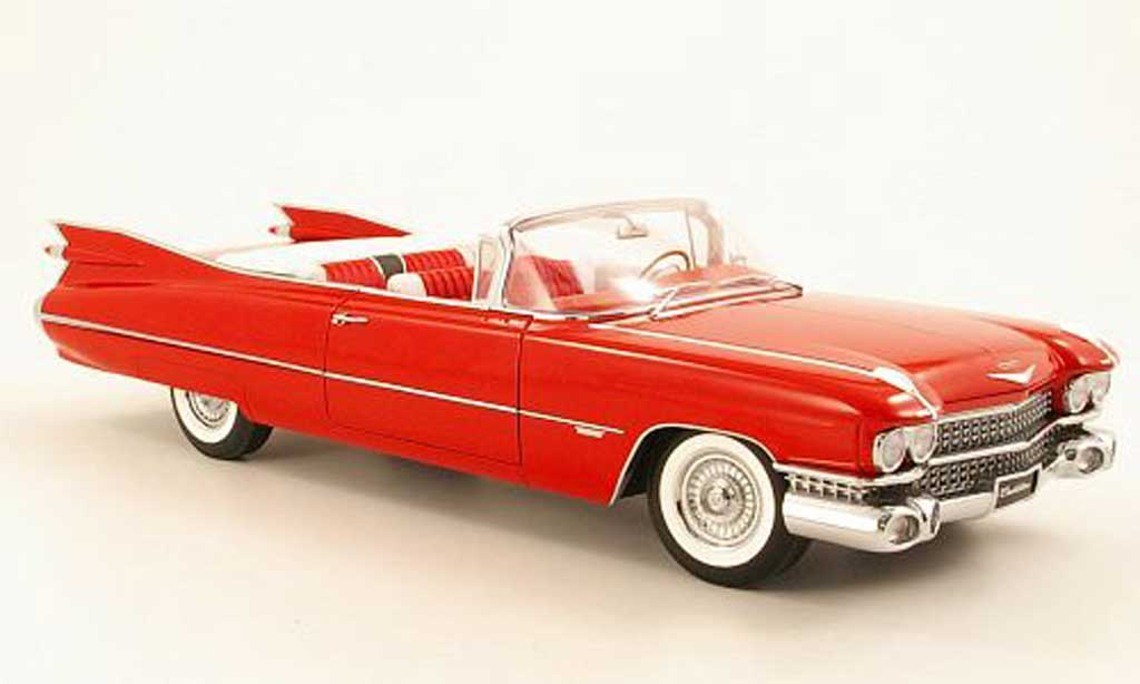 Cadillac Serie 62 1/18 Autoart Convertible rouge 1959 miniature