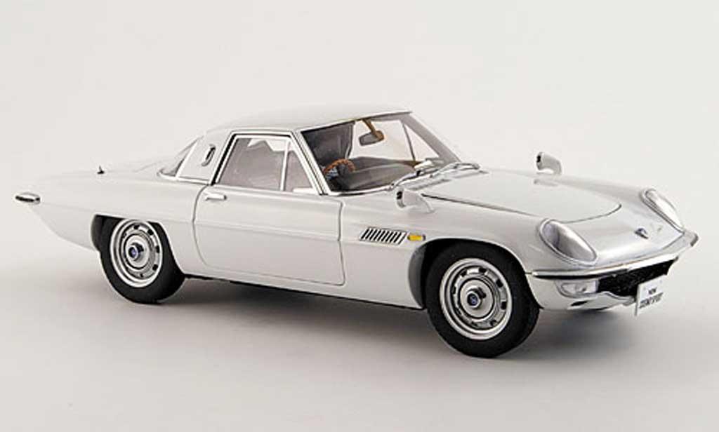 Mazda Cosmo 1/18 Autoart sport white diecast model cars