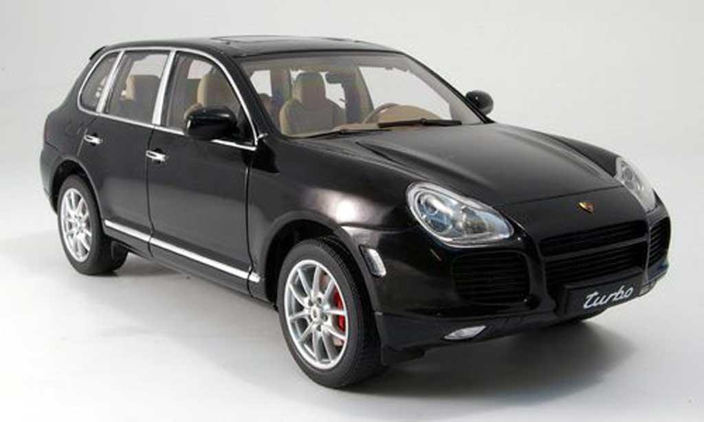 porsche cayenne turbo schwarz autoart modellauto 1 18. Black Bedroom Furniture Sets. Home Design Ideas