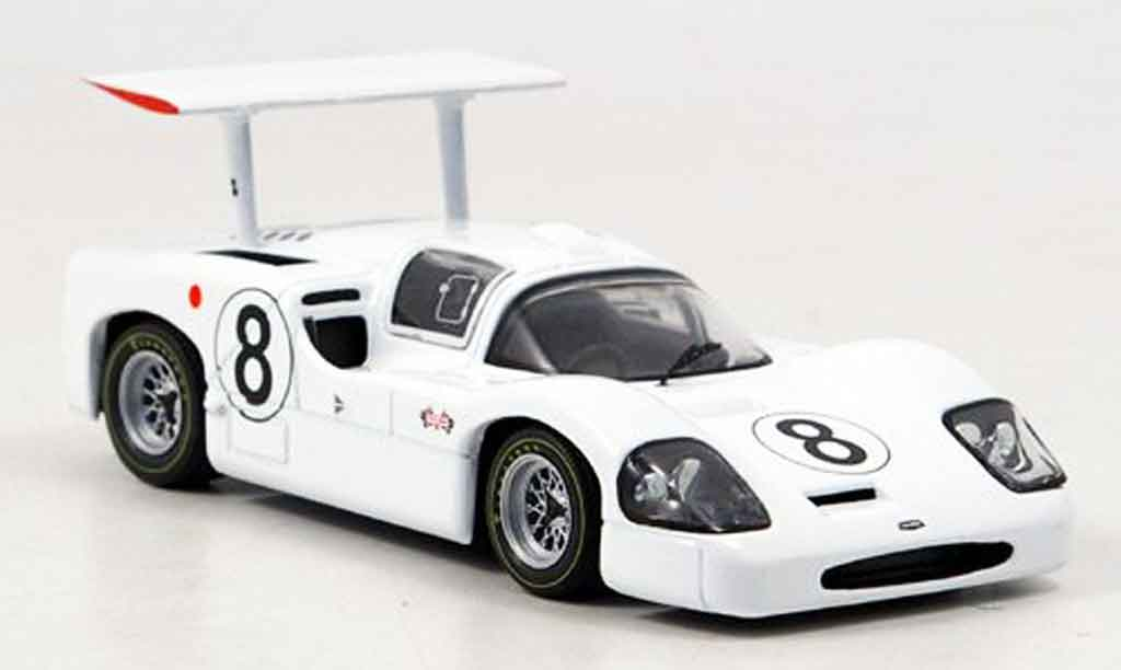 Chaparral 2F 1/43 IXO No.8 Jennings Johnson Le Mans 1967 miniature
