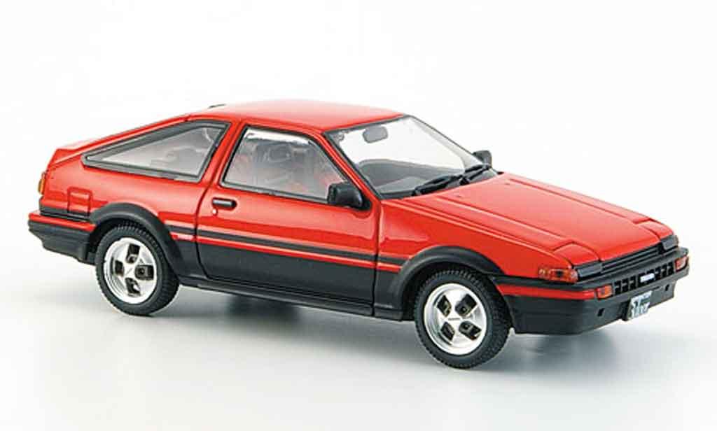Toyota Trueno 1/43 Ebbro sprinter (ae86) rouge noire miniature