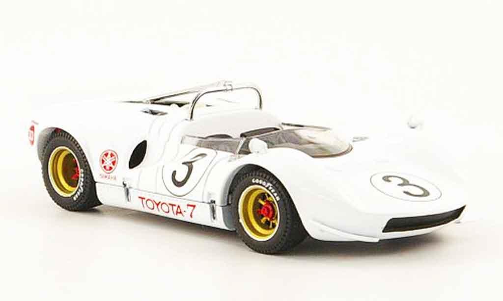 Toyota 7 GP 1/43 Ebbro no.3 japan 1968 miniature