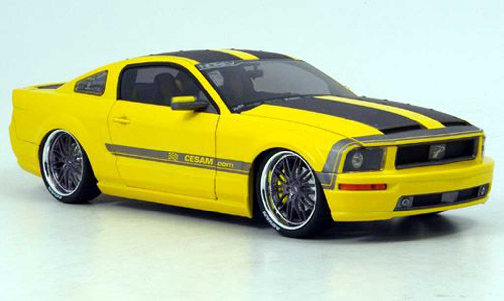 ford mustang cesam miniature jaune parougeech 2007 norev 1 18 voiture. Black Bedroom Furniture Sets. Home Design Ideas