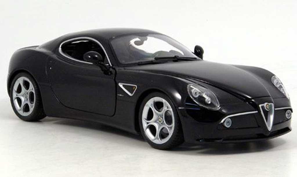 Alfa Romeo 8C Competizione black Welly. Alfa Romeo 8C Competizione black miniature 1/18