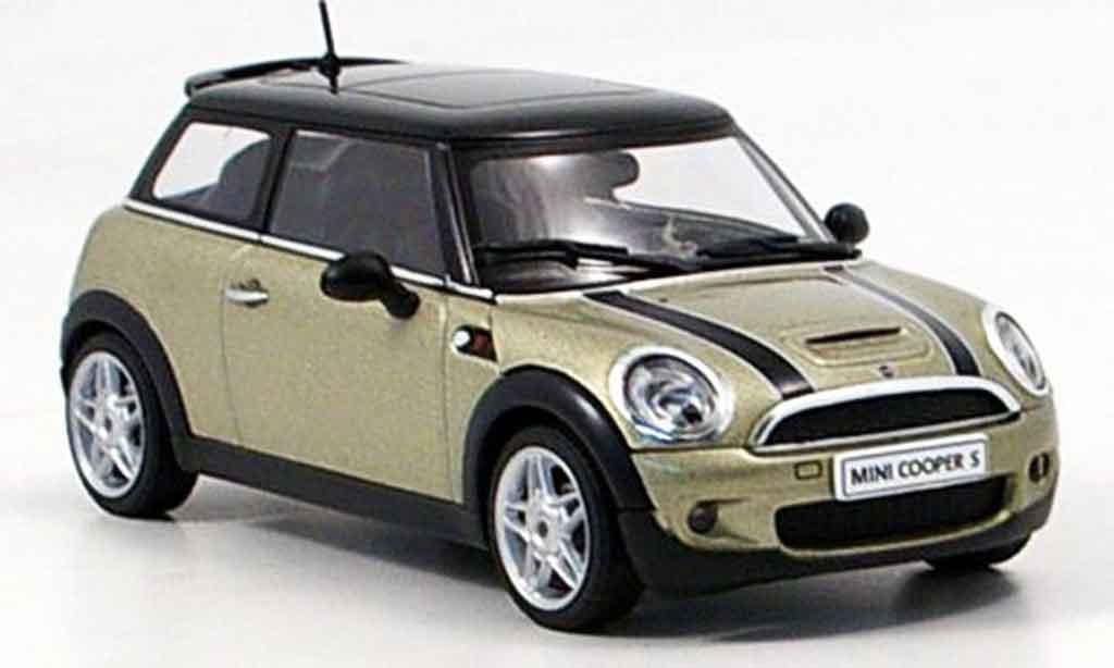 mini cooper s grau metallisee 2006 autoart modellauto 1 43 kaufen verkauf modellauto online. Black Bedroom Furniture Sets. Home Design Ideas