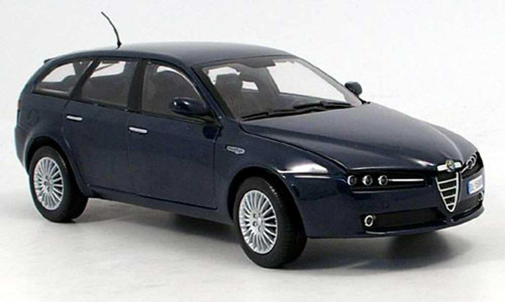 Alfa Romeo 159 1/18 Mondo Motors sport wagon bleu 2007 miniature