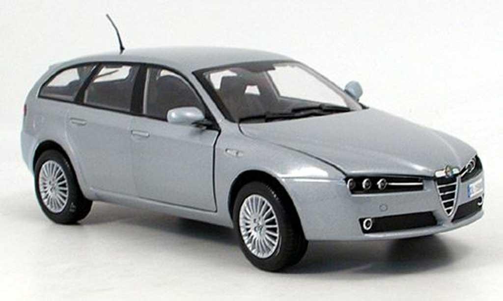 Alfa Romeo 159 1/18 Mondo Motors sportwagon grise 2007 miniature