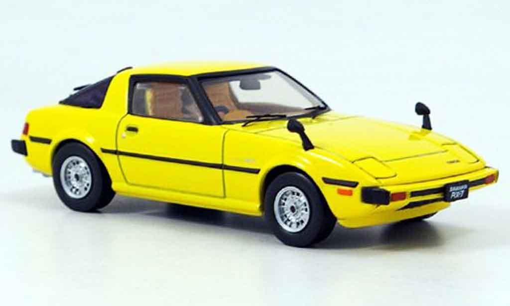 Mazda RX7 1978 1/43 Ebbro Savanna jaune miniature