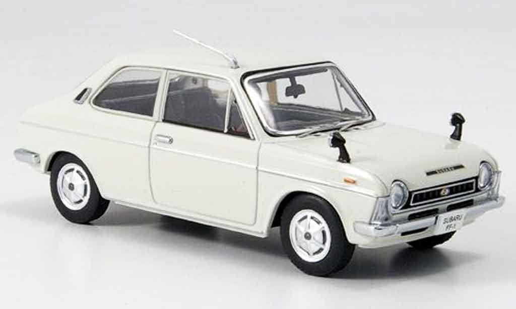 Subaru FF 1/43 Ebbro 1 1100 blanche 1969 miniature
