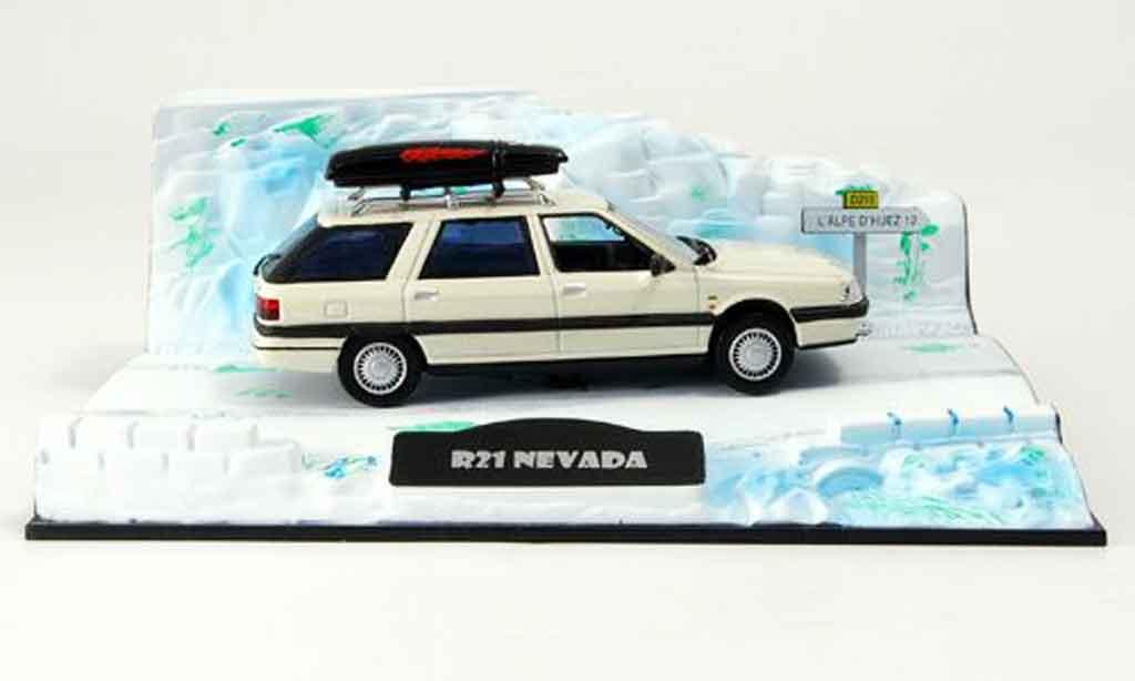 Renault 21 Nevada 1/43 Norev depart au ski avec dachbarres de toit 1986 miniature