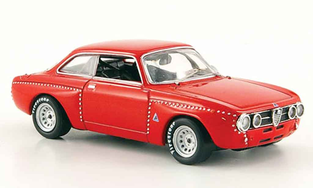 alfa romeo giulia gt am miniature 2000 rouge 1967 m4 1 43 voiture. Black Bedroom Furniture Sets. Home Design Ideas