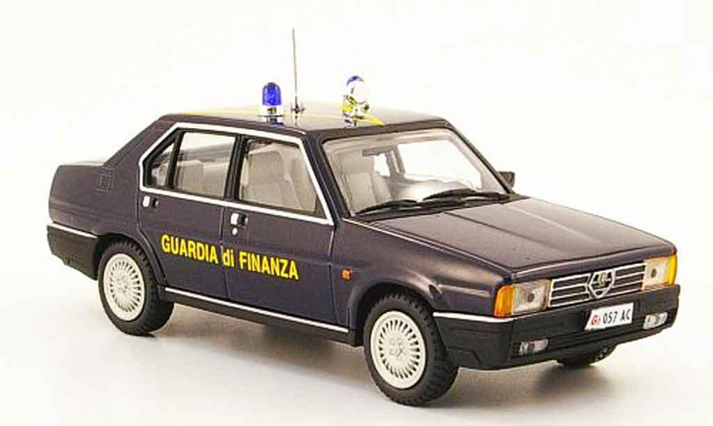 Alfa Romeo 90 1/43 Pego guardia di finanza 1984 miniature