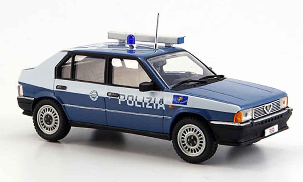 Alfa Romeo 33 1/43 Pego police 1987 miniature