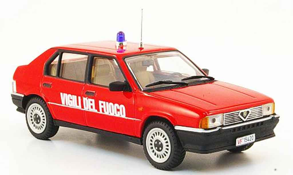 Alfa Romeo 33 1/43 Pego vigili del fuoco 1987 miniature