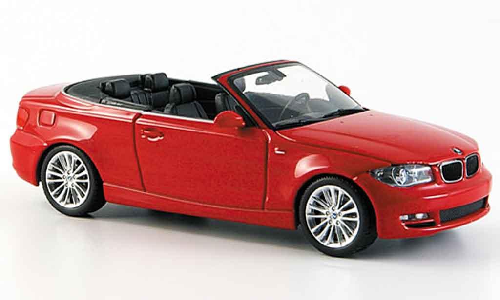 Bmw 118 E88 1/43 Minichamps d Cabriolet rouge 2008 miniature