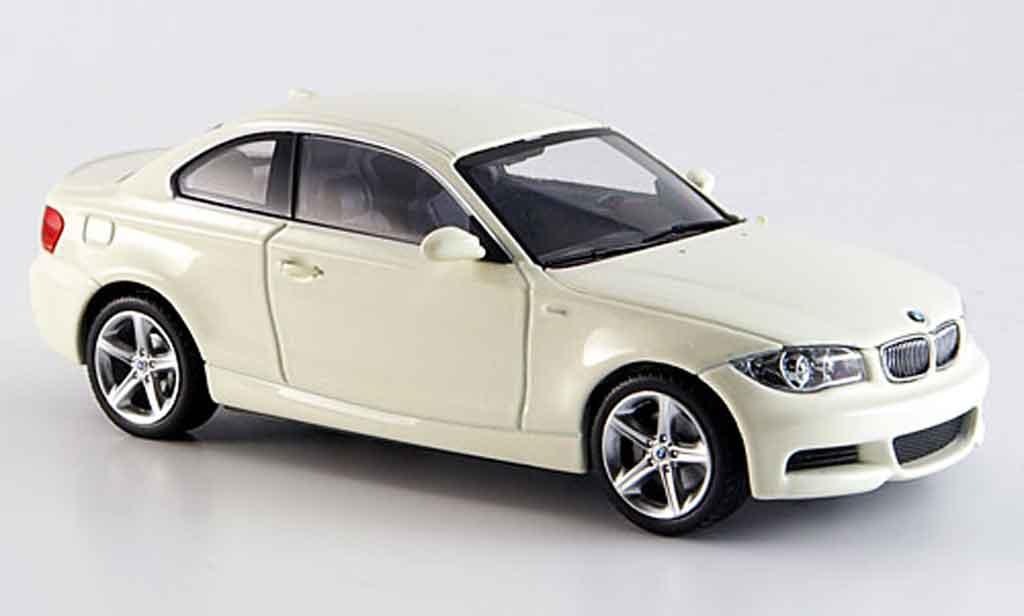 Bmw 120 E82 1/43 Minichamps d Coupe blanche 2007 miniature