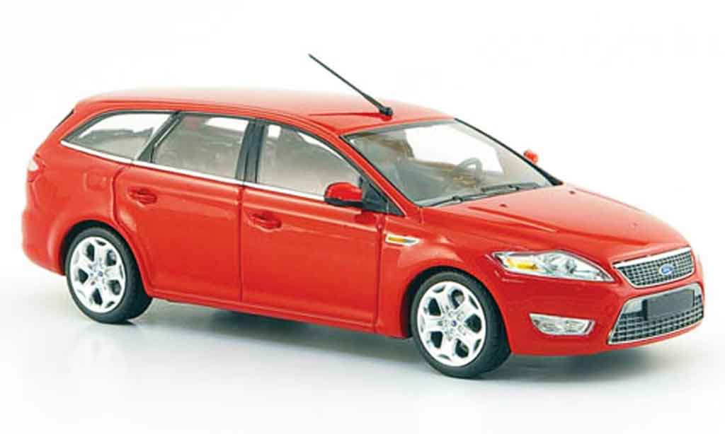 Ford Mondeo 1/43 Minichamps Turnier rouge 2007 miniature