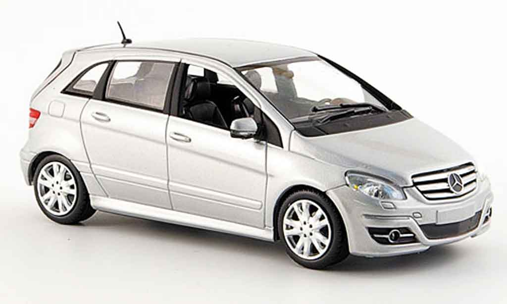 mercedes classe b miniature grise metallisee 2007 minichamps 1 43 voiture. Black Bedroom Furniture Sets. Home Design Ideas