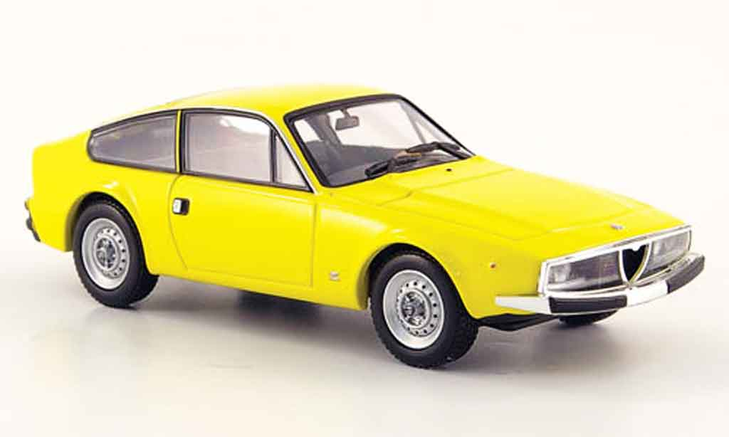 Alfa Romeo Junior Z 1/43 Minichamps 1600 jaune 1972 miniature