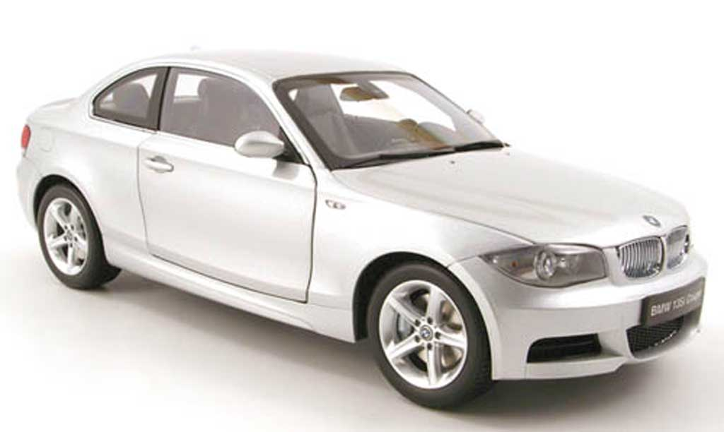 Bmw 135 E82 1/18 Kyosho i coupe (e82) grise clair metallized miniature