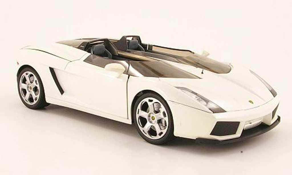 Lamborghini Concept 1/18 Mondo Motors s blanche miniature