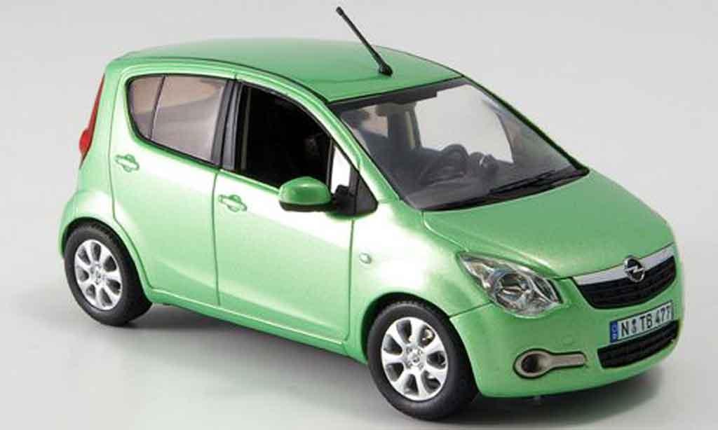 Opel Agila 1/43 Schuco verte miniature
