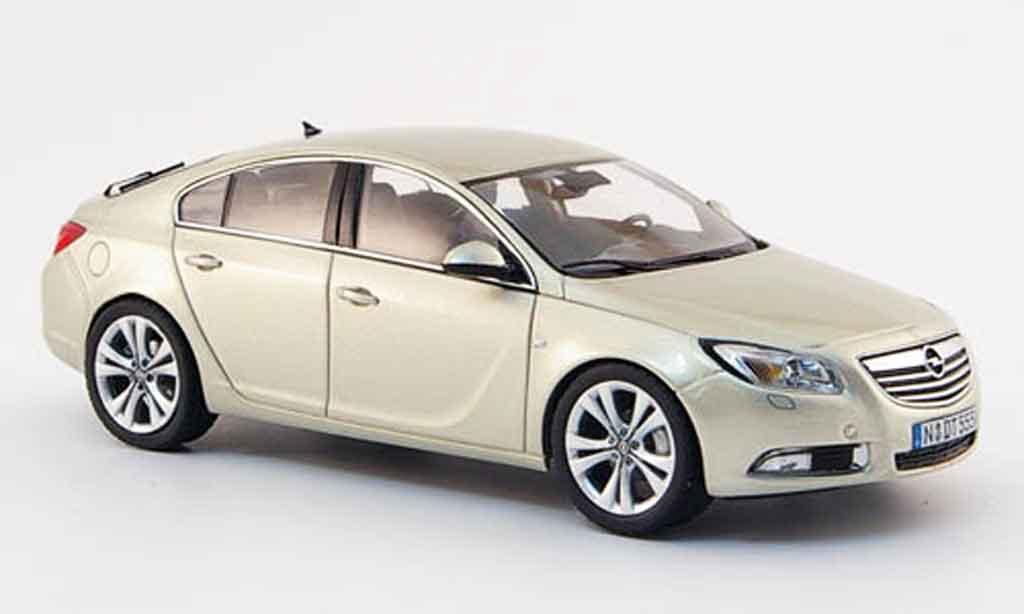 Opel Insignia 1/43 Schuco beige fliessheck 2008 miniature