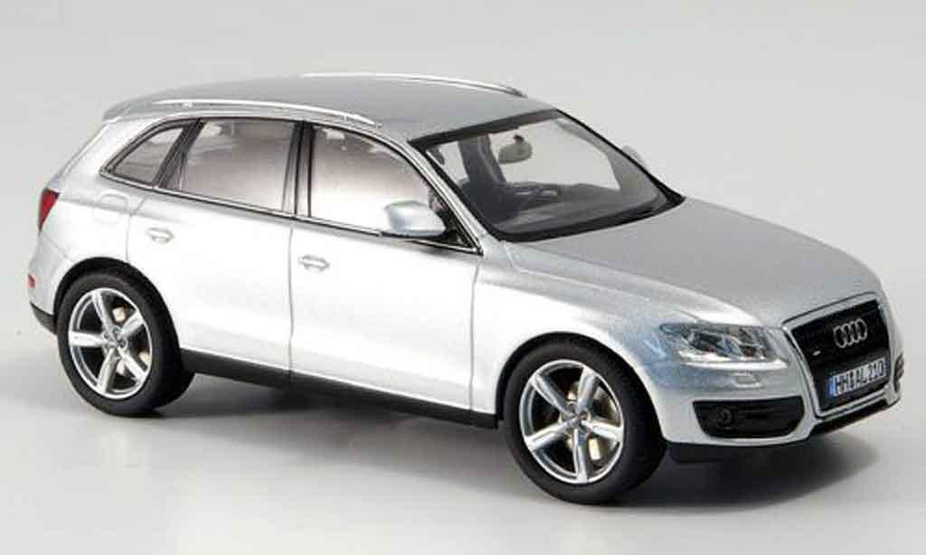 Audi Q5 1/43 Schuco grise metallisee 2008 miniature