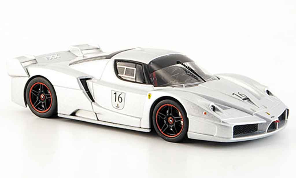 Ferrari Enzo FXX 1/43 Hot Wheels Elite no.16 grise metallisee nurburgring miniature