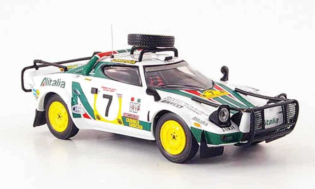 Lancia Stratos Rallye 1/43 IXO hf no.7 safari rallye 1977 miniature