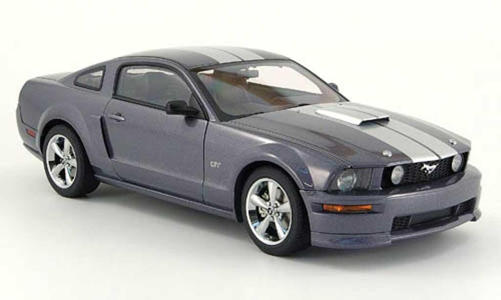 Ford Mustang 2007 1/18 Autoart gt grise streifen miniature