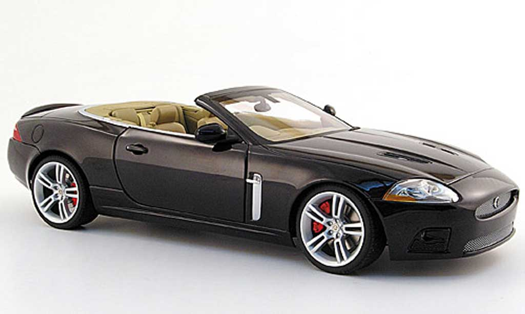 jaguar xkr cabriolet miniature noire rechtslenker rhd 2006 autoart 1 18 voiture. Black Bedroom Furniture Sets. Home Design Ideas