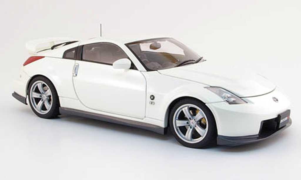 Nissan 350Z 1/18 Autoart Nismo fairlady z type 380 rs white 2006 diecast model cars