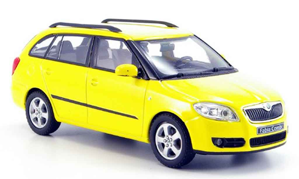 skoda fabia miniature combi ii jaune abrex 1 43 voiture. Black Bedroom Furniture Sets. Home Design Ideas
