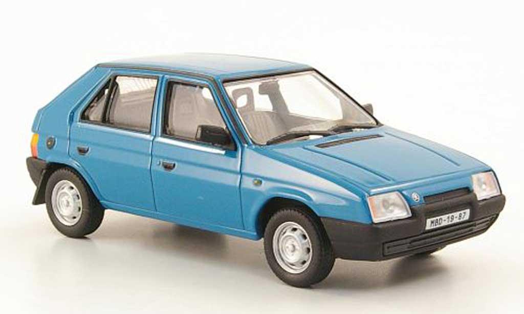 Skoda Favorit 1/43 Abrex 136L bleugrun 1987 miniature