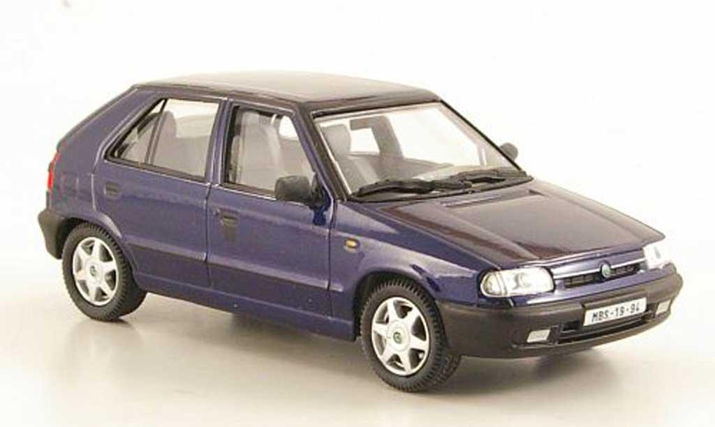 Skoda Felicia 1/43 Abrex bleu 1994 miniature