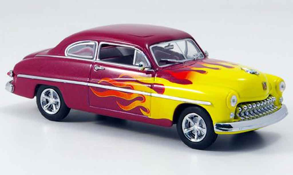 Mercury Club Coupe 1/43 Eagle Hot Rod lila avec amarillo 1949 coche miniatura