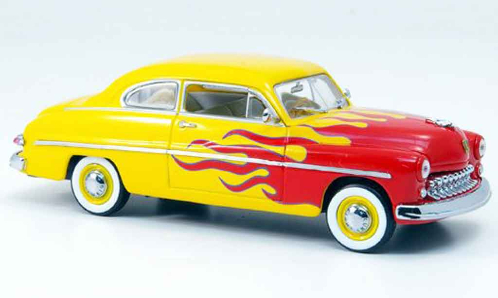 Mercury Club Coupe 1/43 Eagle Hot Rod rouge avec jaune 1949 miniature