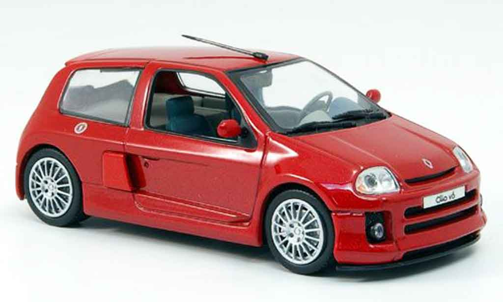 Renault Clio V6 1/43 Eagle sport version route miniature