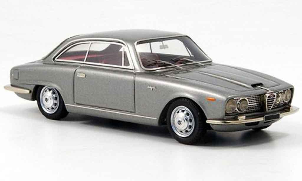 Alfa Romeo 2600 1/43 Look Smart sprint grise metallisee 1966 miniature