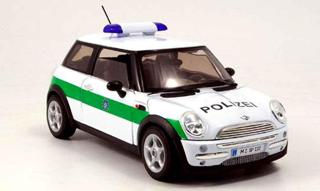 Mini Cooper D 1/18 Welly polizei deutschland miniature
