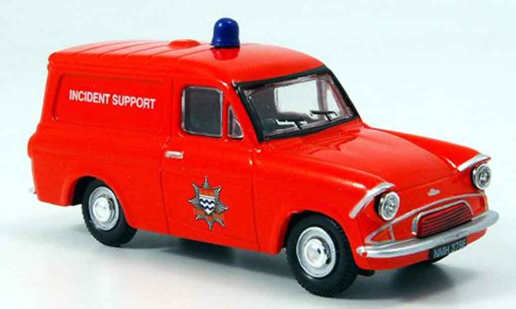 Ford Anglia 1/43 Oxford Van pompier London miniature