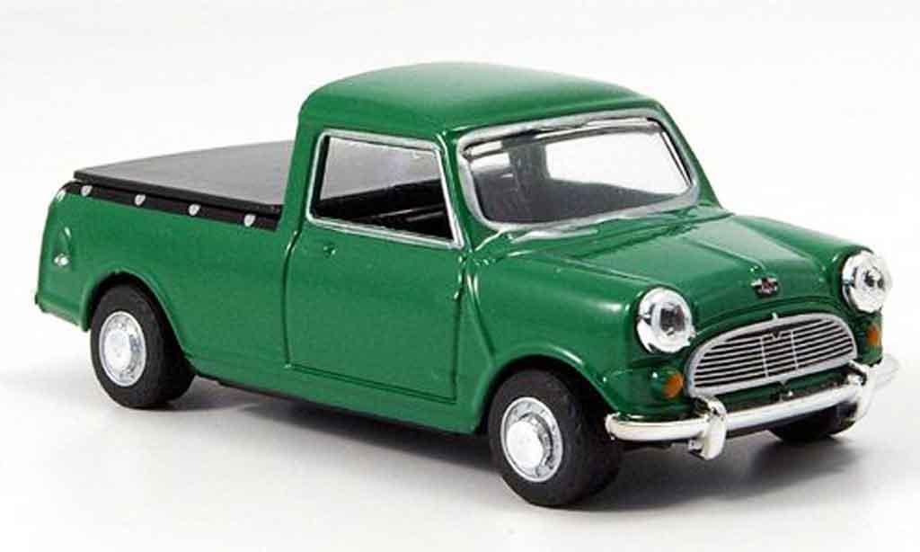 Austin Mini Pick Up 1/43 Oxford grun Ladeflache geschlossen