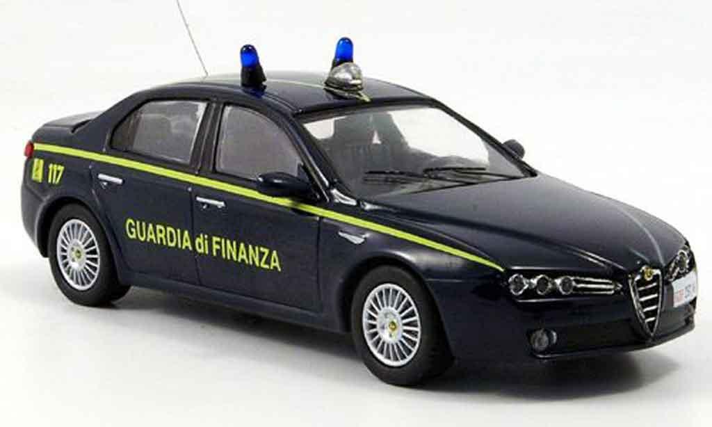 Alfa Romeo 159 1/43 M4 guardia di finanza b quality 2005 miniature