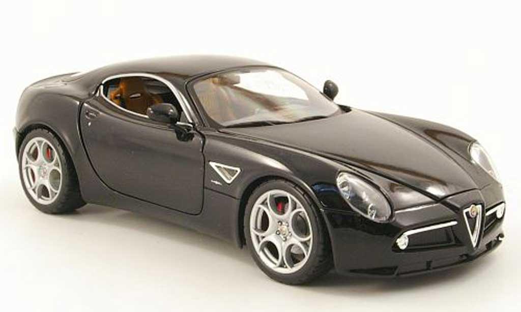 Alfa Romeo 8C 1/18 Burago competizione noire 2003 miniature