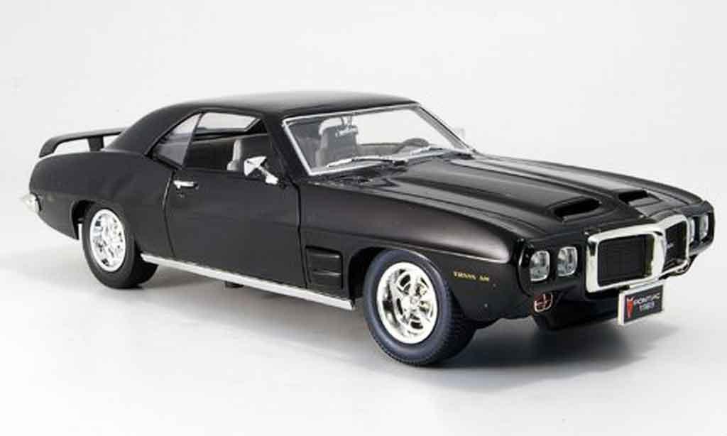 Pontiac Firebird 1969 1/18 Yat Ming trans am noire miniature