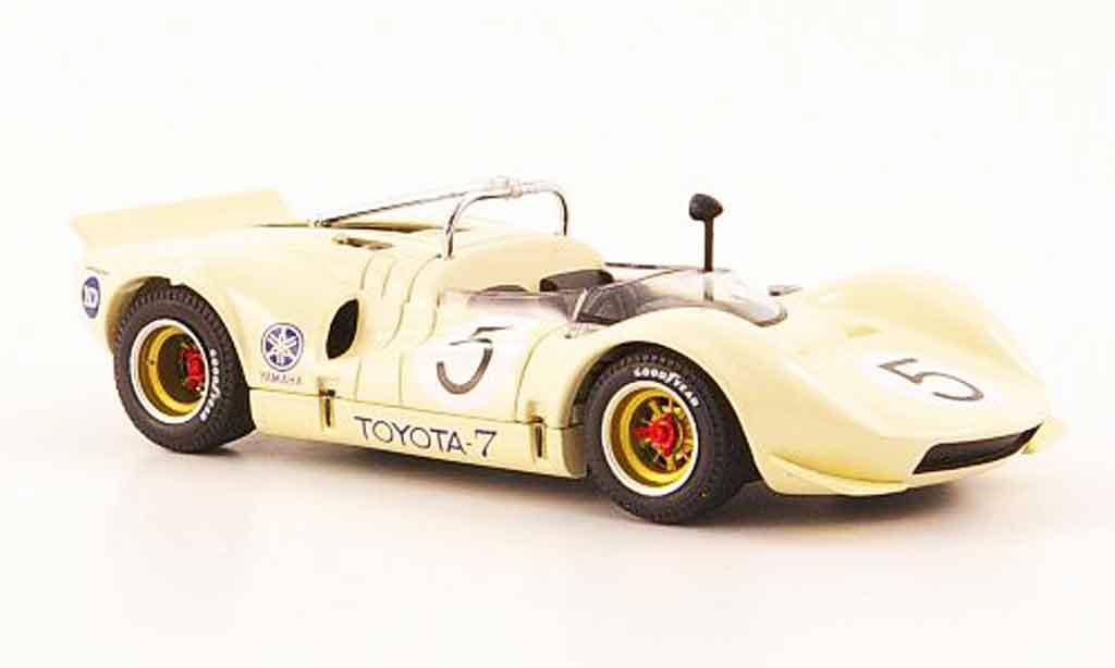 Toyota 7 GP 1/43 Ebbro no.5 beige japan 1968 miniature