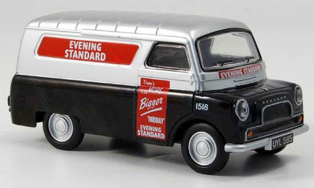 Bedford CA 1/43 Oxford Van noire grise metallisee Evening Standard Kasten miniature