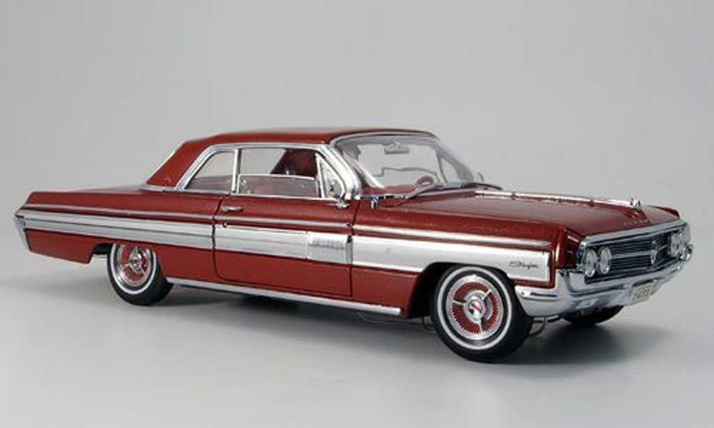 Oldsmobile Starfire 1/18 Yat Ming rouge 1962 miniature