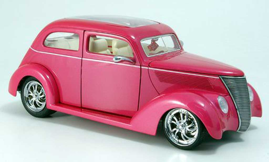 Ford Hot Rod 1/18 Yat Ming sedan rose avec panoramadach 1937 miniature
